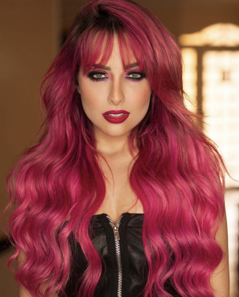 IMG 6249 825x1024 - Queridinha das celebridades, Marla Muniz se destaca na aplicação de mega hair na quarentena
